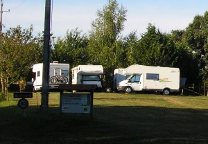 ferme-de-brossard-aire-camping-car-correze-lanteuil