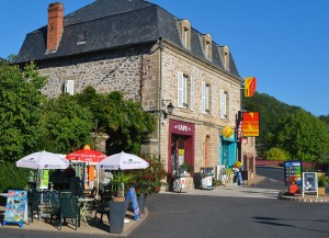 lanteuil-correze--epicerie-bar-station-service-zeude