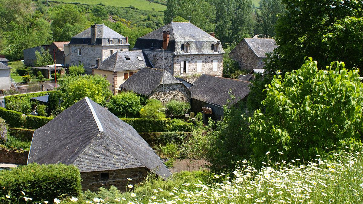 lanteuil-paysage-bourg-correze